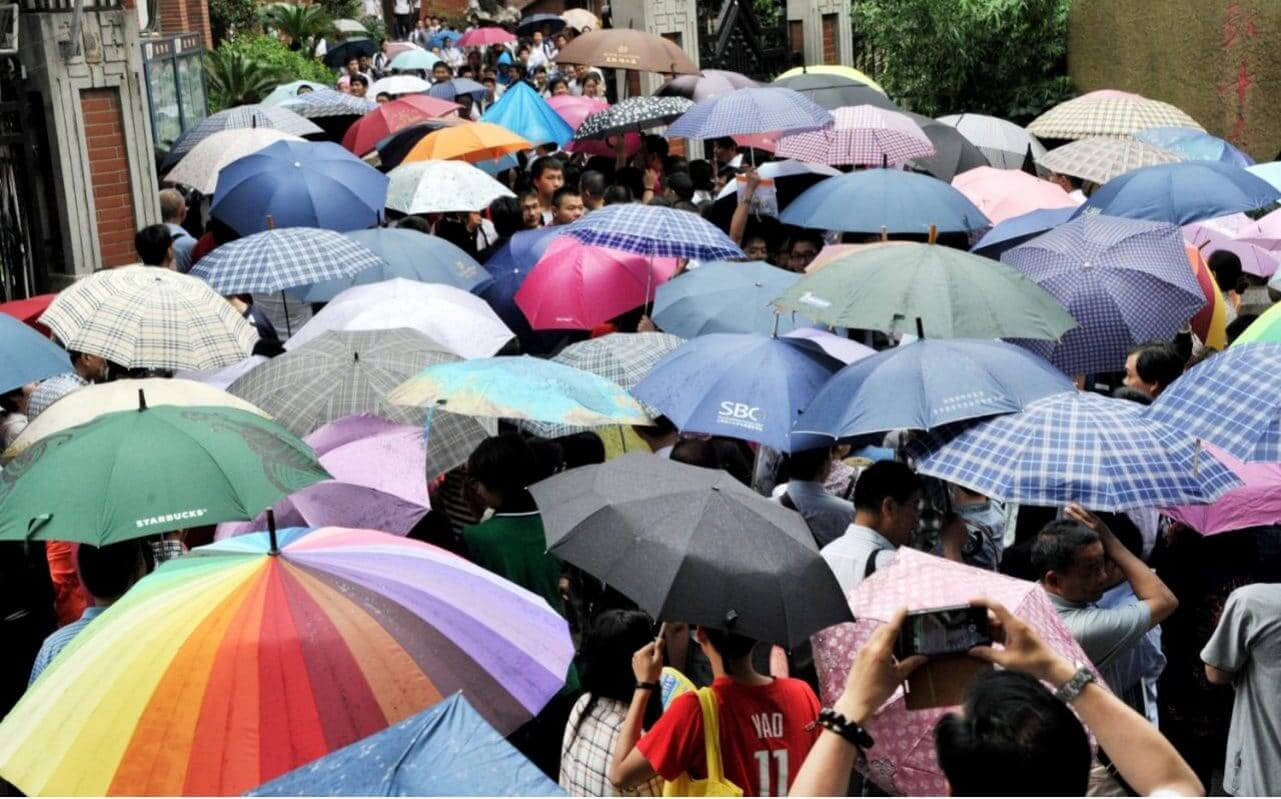 Бизнес в Китае: китайцы рассказали, как потерять 300 тыс. зонтов за три месяца